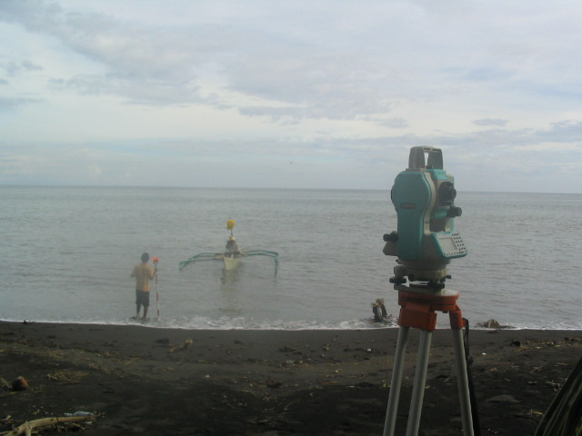 Combined bathymetric and topographic survey